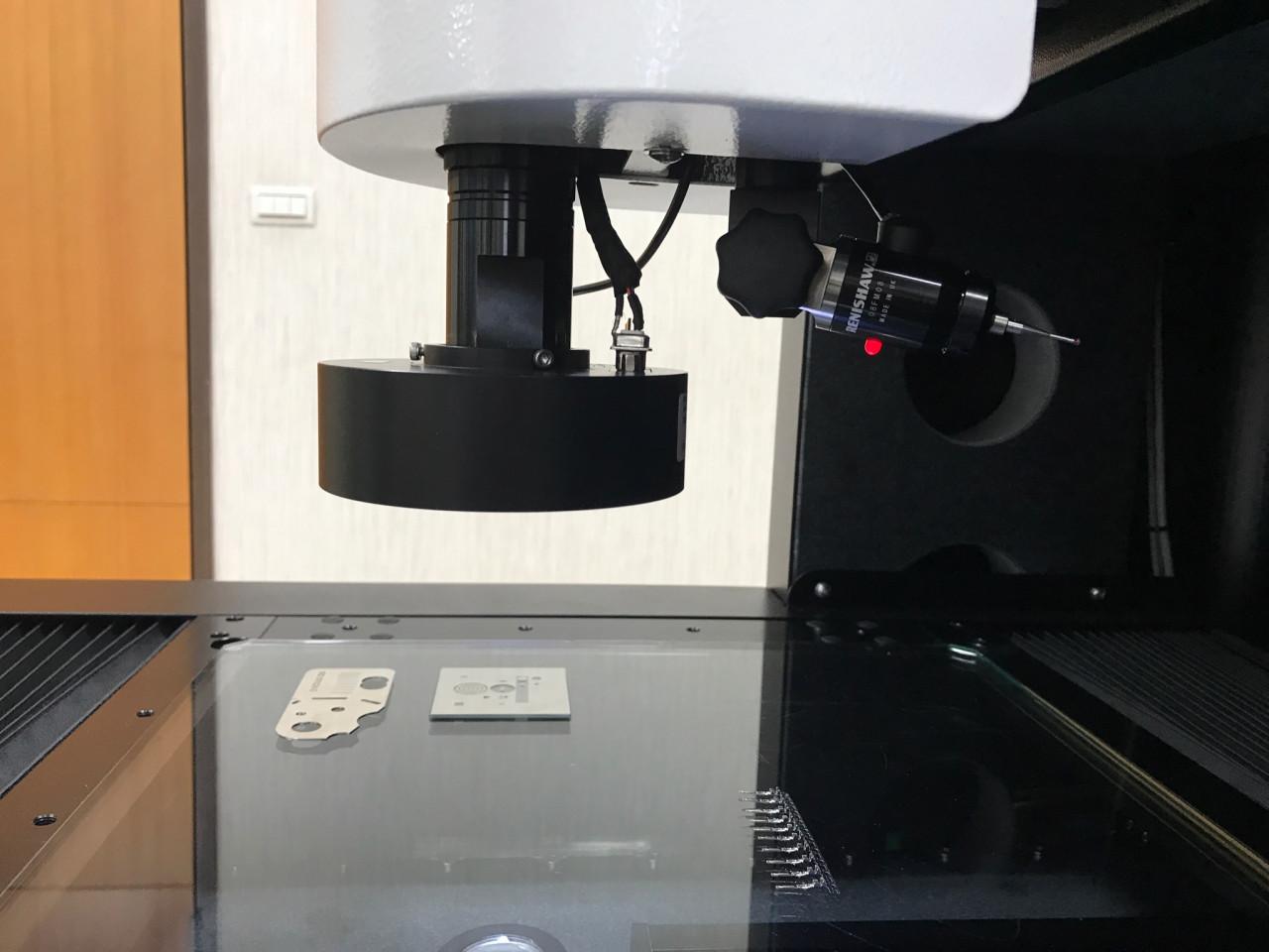 thiết bị đo lường cơ khí máy cmm máy kính phóng