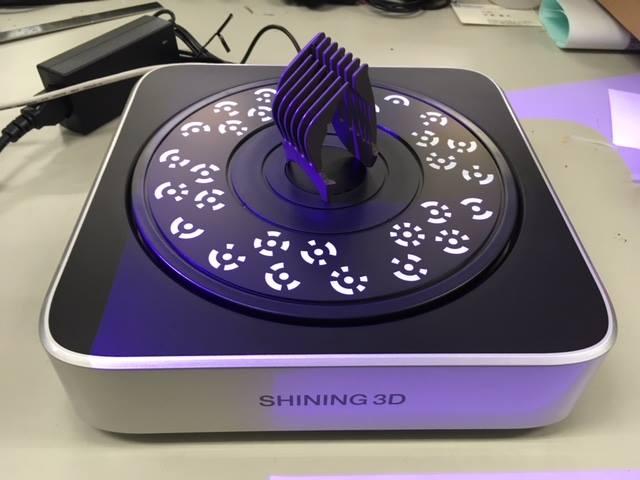 Sử dụng máy in 3d - máy scan 3d để khôi phục đồ dùng.