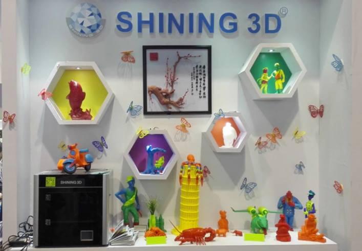 Con bạn sẽ cực kỳ thích thú và sáng tạo nếu bạn có thứ này. Sử dụng những chiếc máy in 3d để tạo đồ chơi cho con trẻ giờ đã không quá khó.