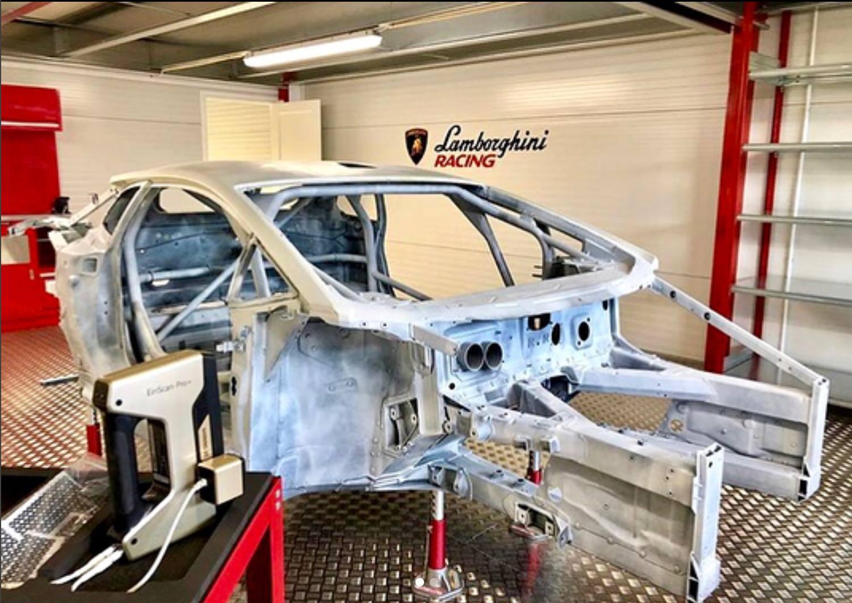 Sử dụng máy quét 3D giá rẻ Einscan Pro / Einscan Pro Plus để quét 3d ô tô đang được sử dụng rất nhiều trên thế giới.