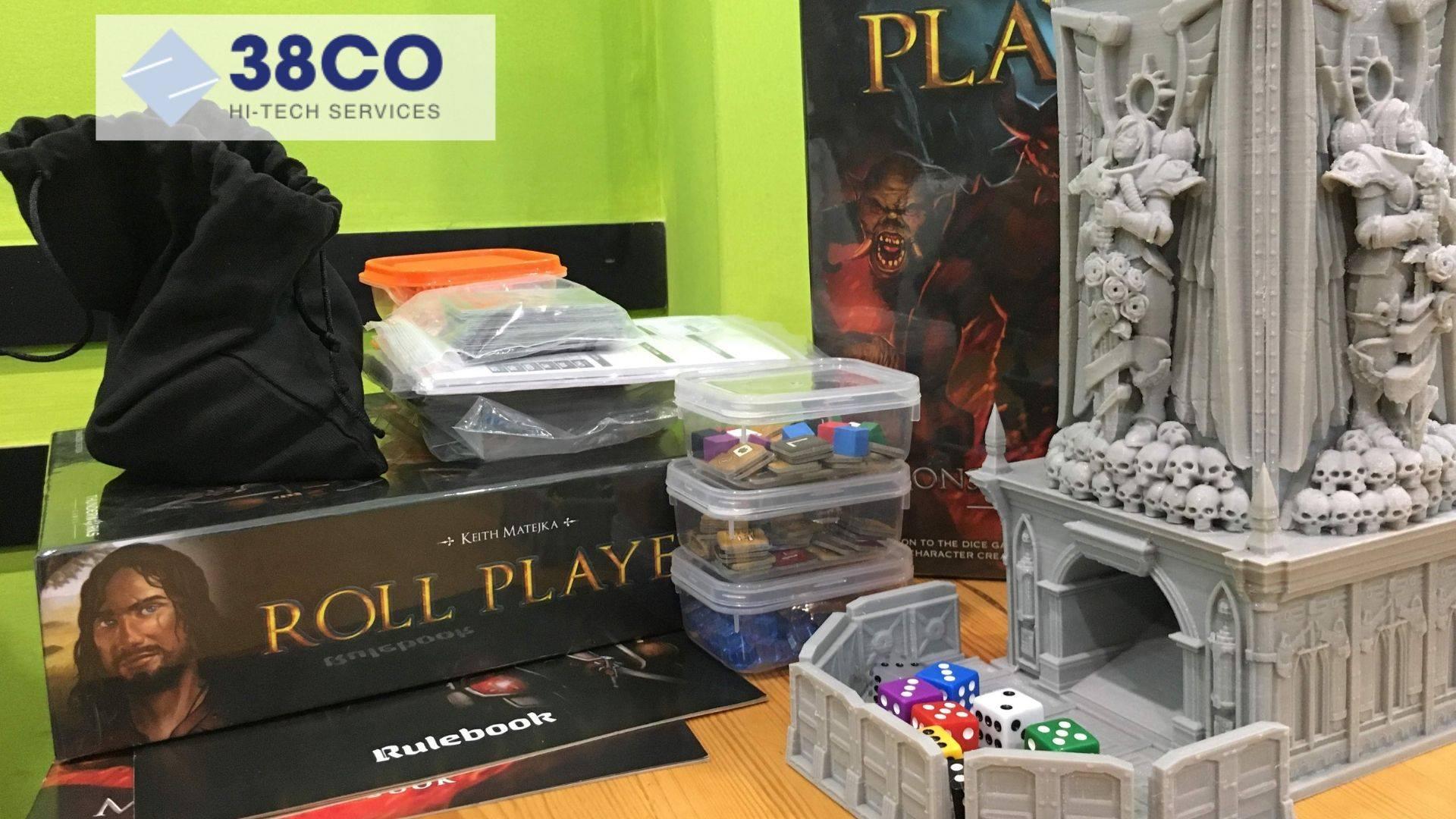 Board game là một thể loại trò chơi gồm hai hoặc nhiều người tương tác trực tiếp với nhau thông qua một bàn cờ... Ngày nay với công nghệ in 3D, người chơi thậm chí có thể tự sáng tạo ra những bộ board game cho riêng mình...